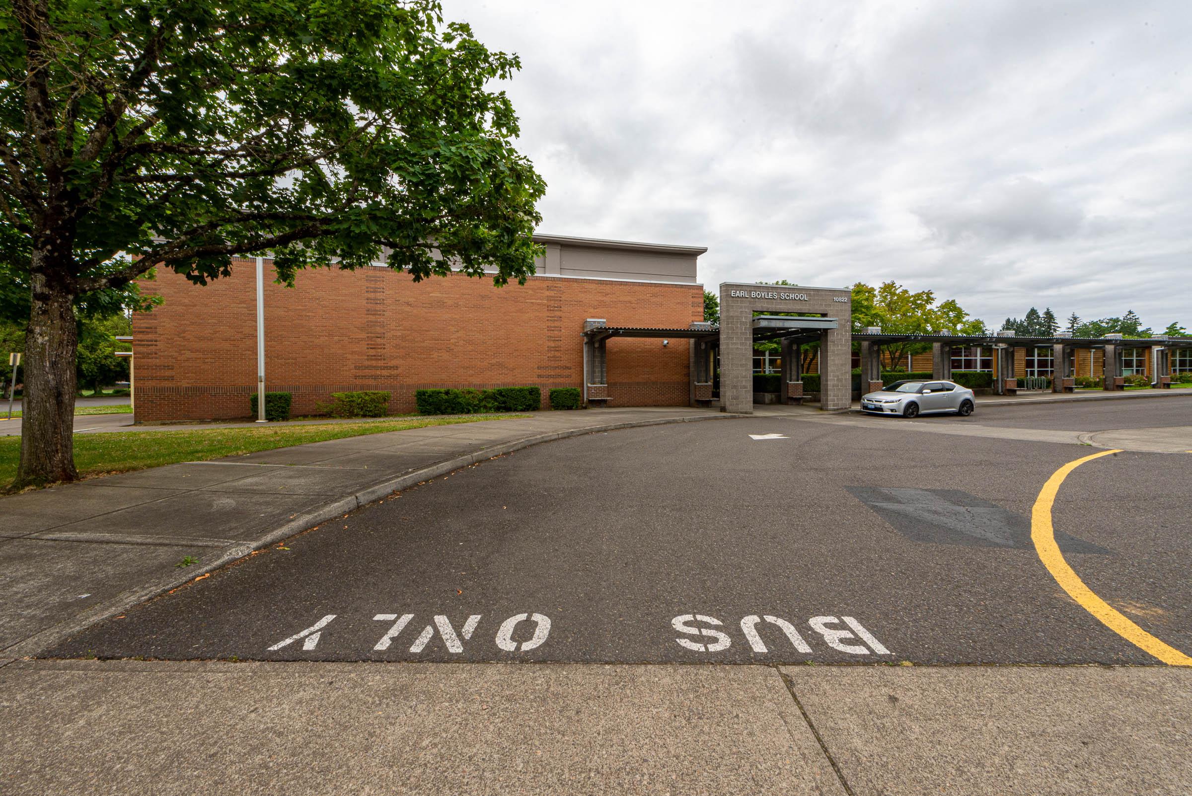 Earl Boyles Elementary